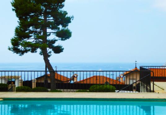 roquebrune-cap-martin residence piscina