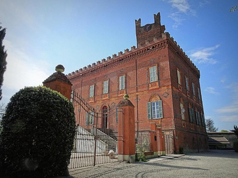 Castelli nel Monferrato - Castello di Uviglie